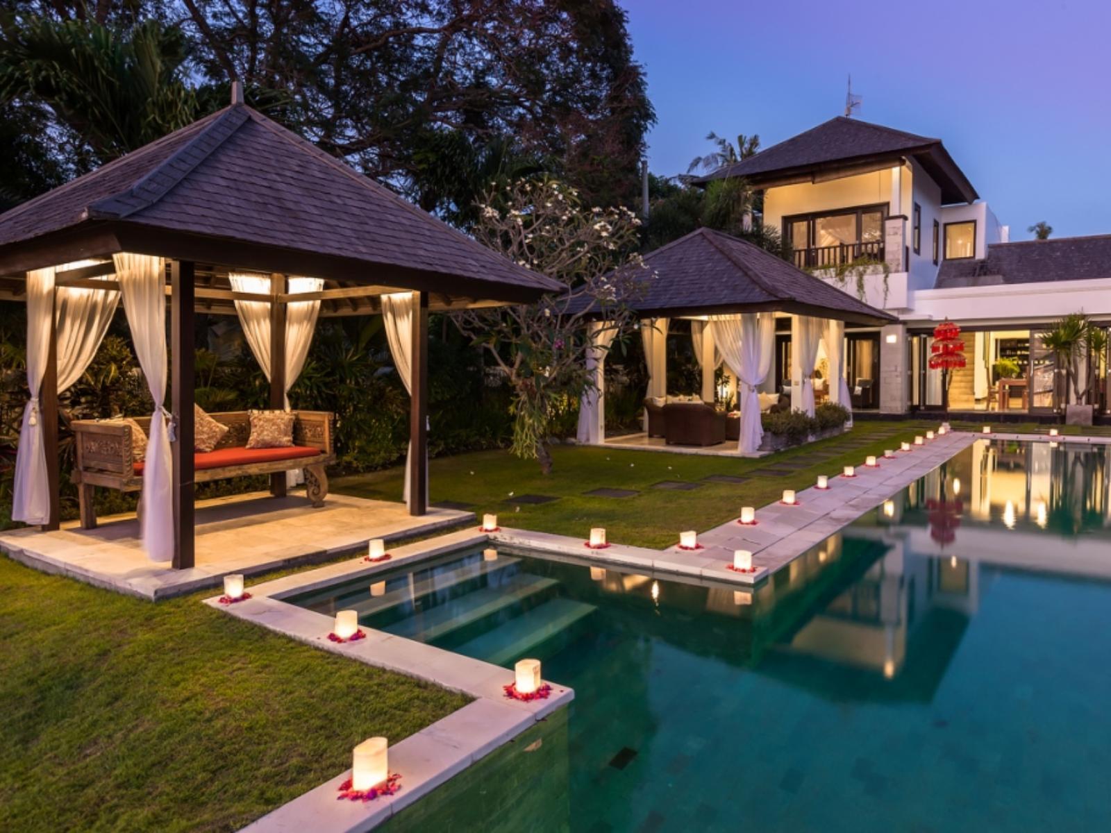 Villa Sunset - Puri Tirta