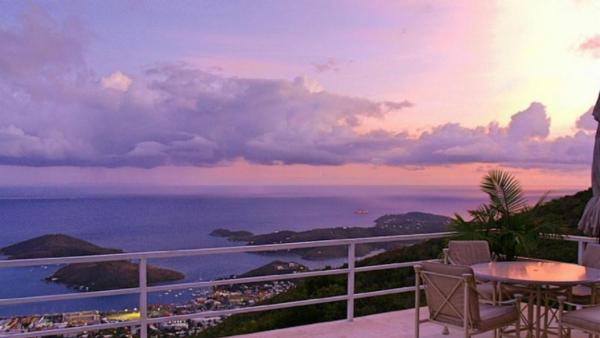Beautiful home overlooking Charlotte Amalie