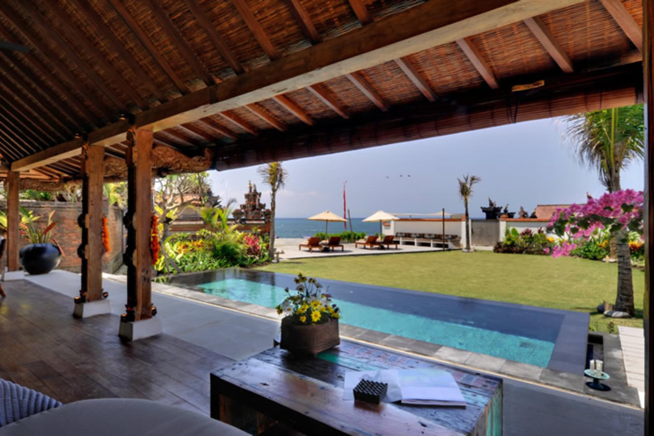 Majapahit Villa Maya