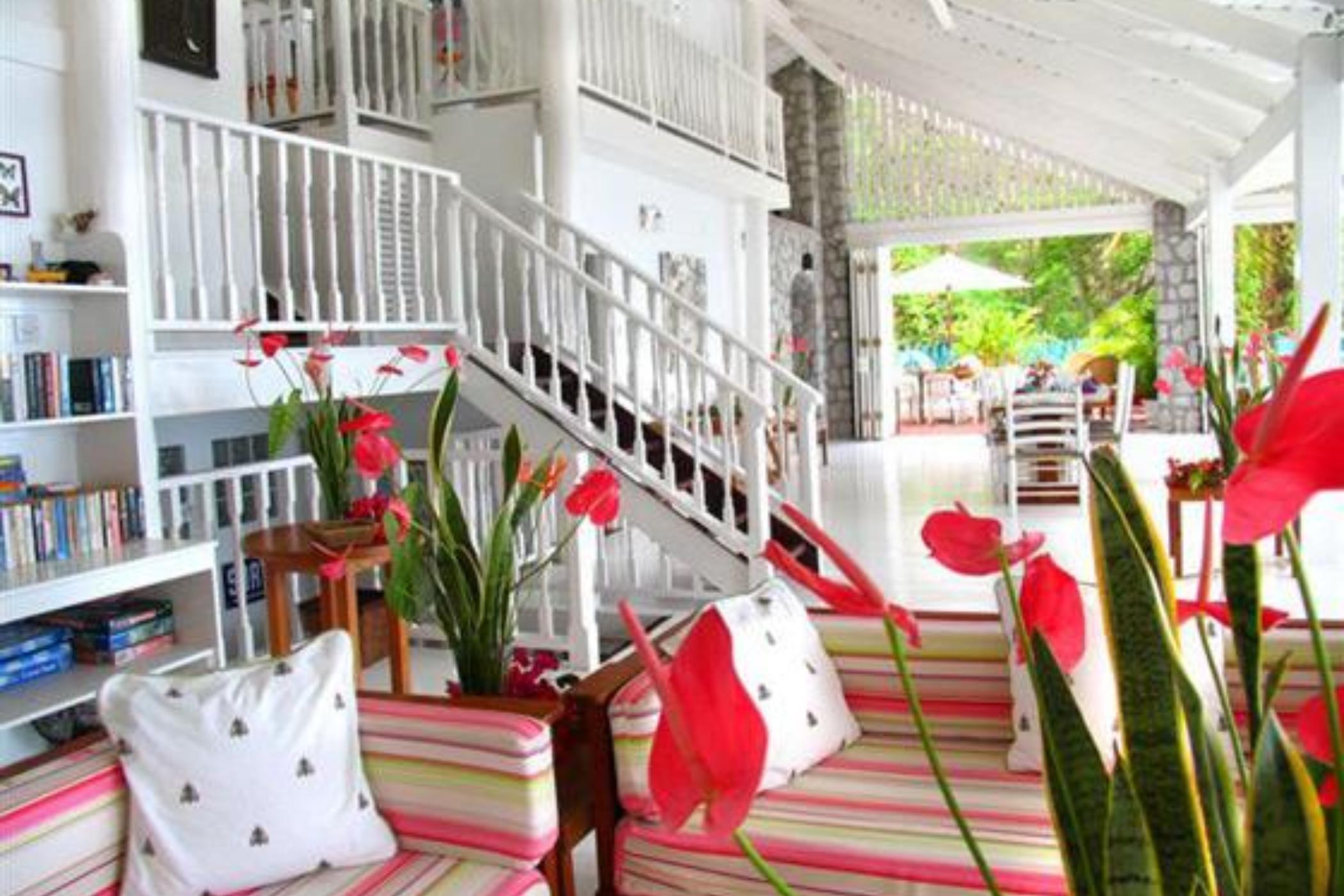 Bananaquit House