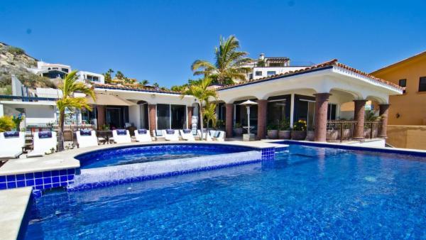 Villa Theodore