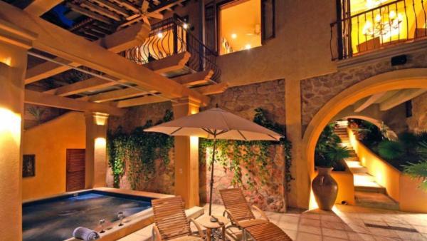 Villa Las Puertas