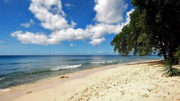 Mahogany Bay - Fathoms End