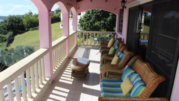 Perfect family villa, close to beaches and watersports