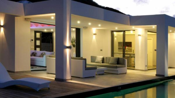 New contemporary style villa with views east to Orient Bay