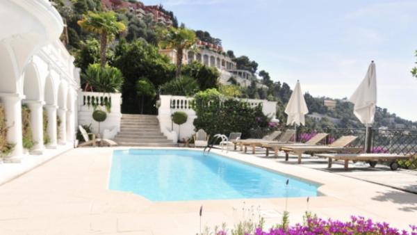 Villa Royale - France