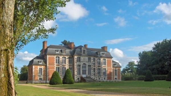 Chateau Edouard