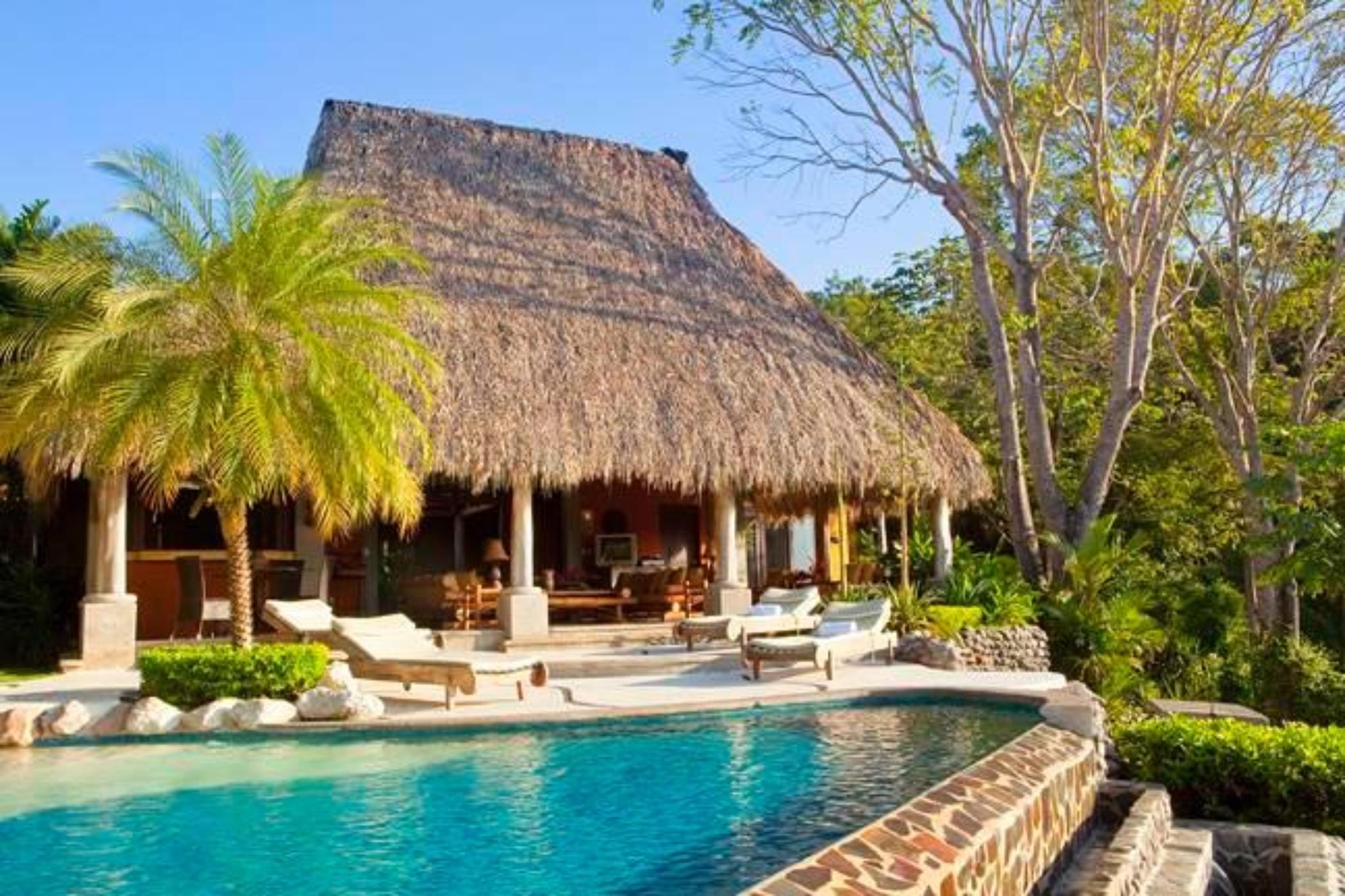 Casa Mono Loco
