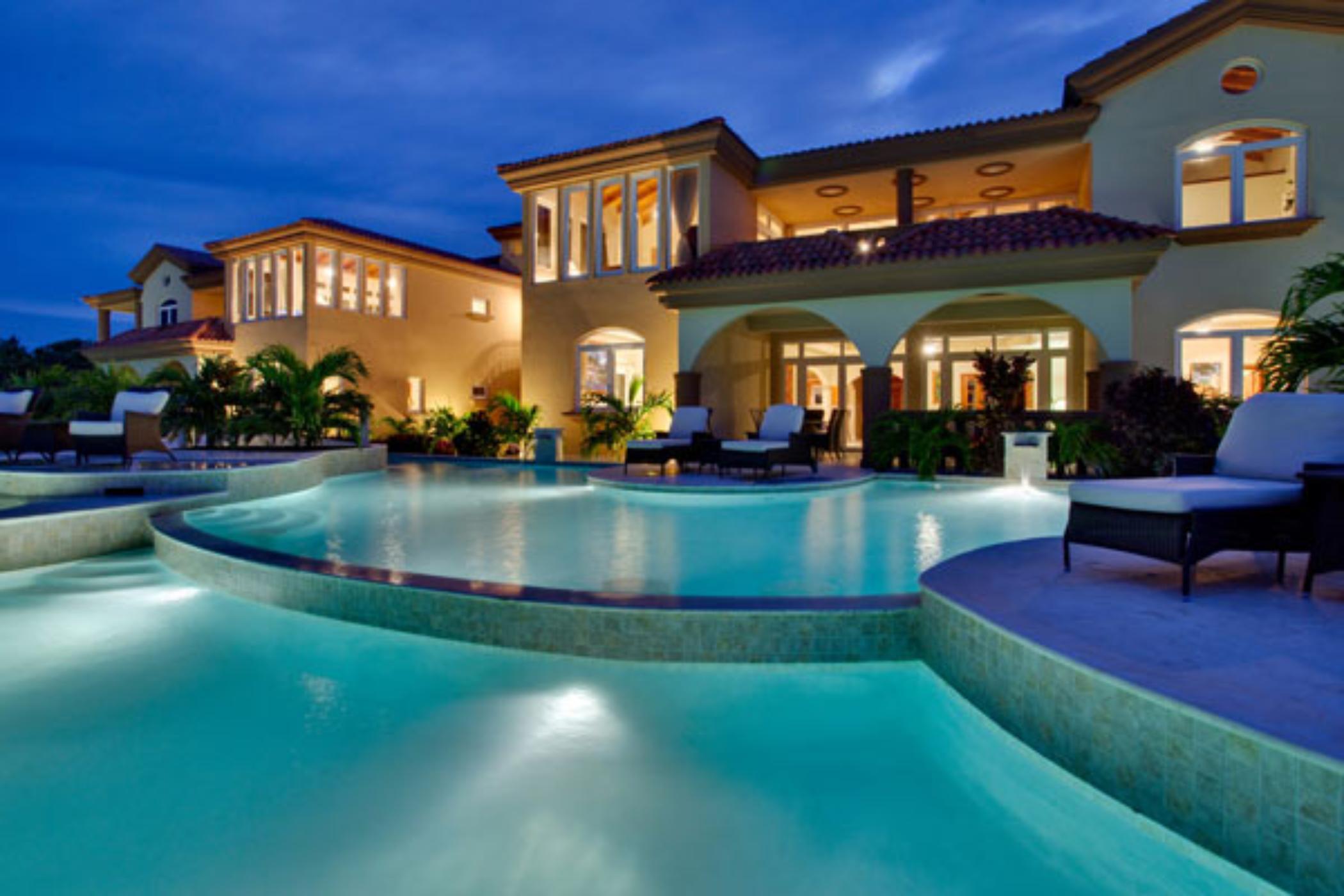 Brushstrokes Villa