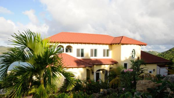 AnaCapri Estate