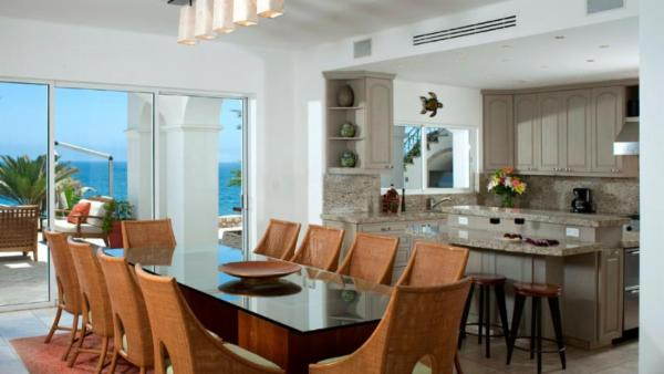 Beachfront Villa 322
