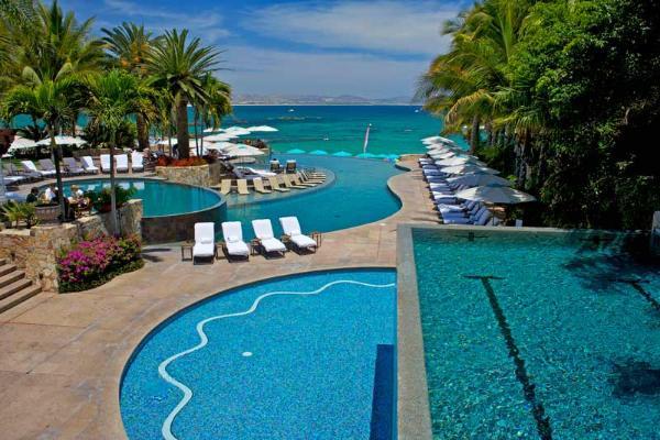 Beachfront Villa 462