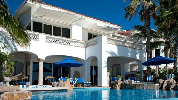 Beachfront Villa 482