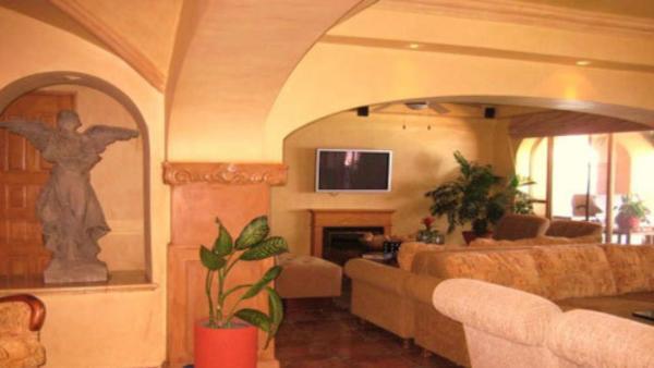 Casa Artistica