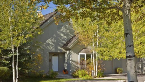 Pines Garden Home 4110