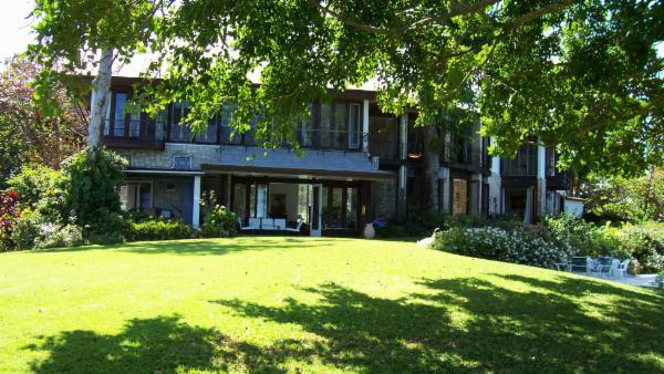 Norse Hill Villa