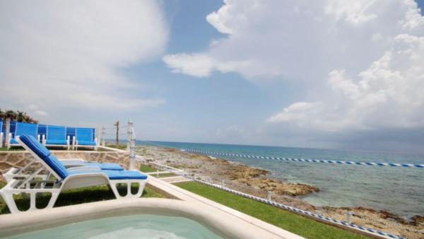 Casa Mediterranean