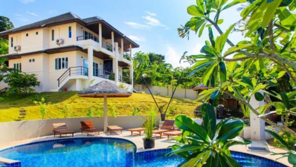 Tropica Villas