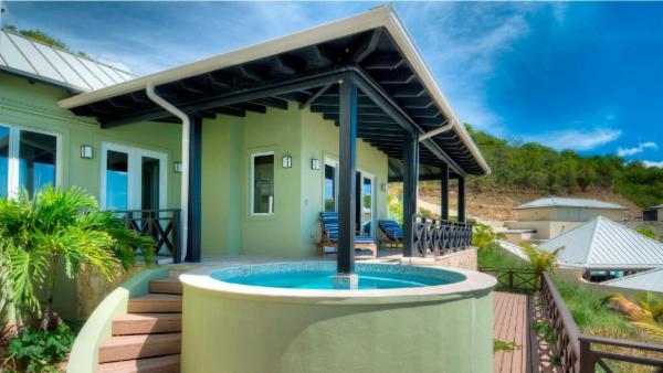 Scrub Pool House