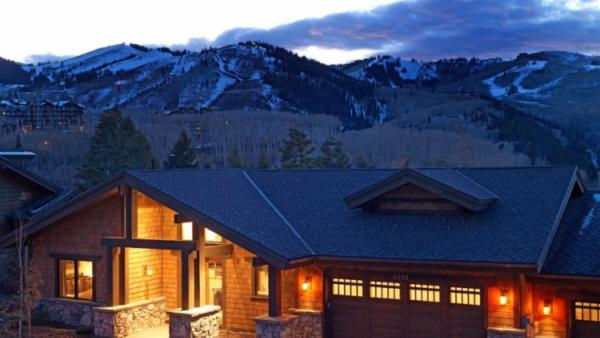 Blacktail Lodge