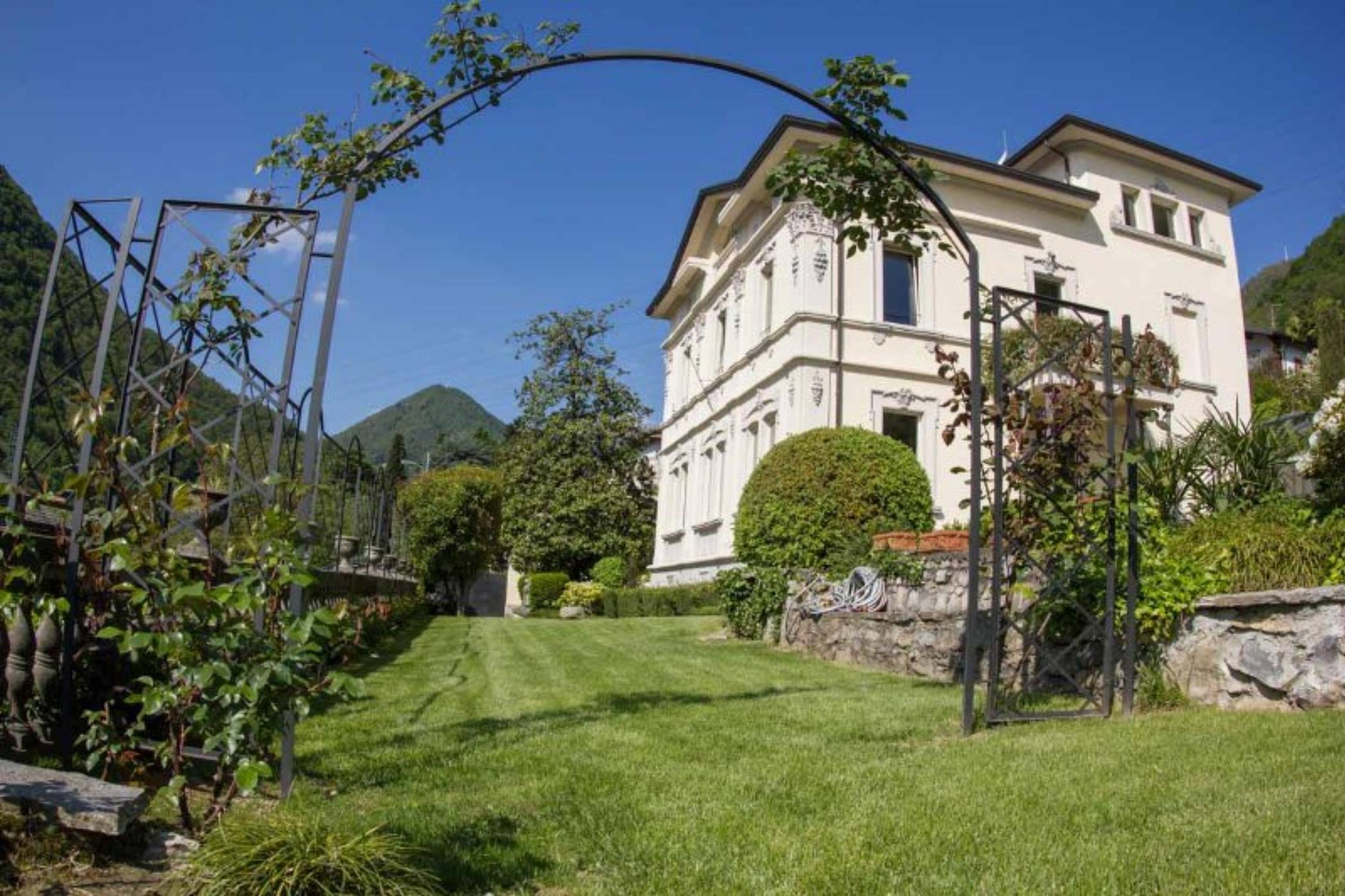 Недвижимость в Ломбардии на побережье цены