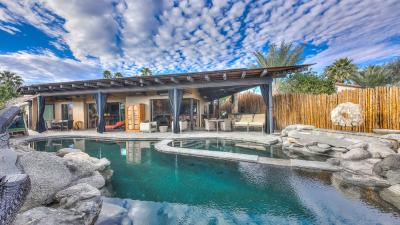 Palm Springs Villa - Bali