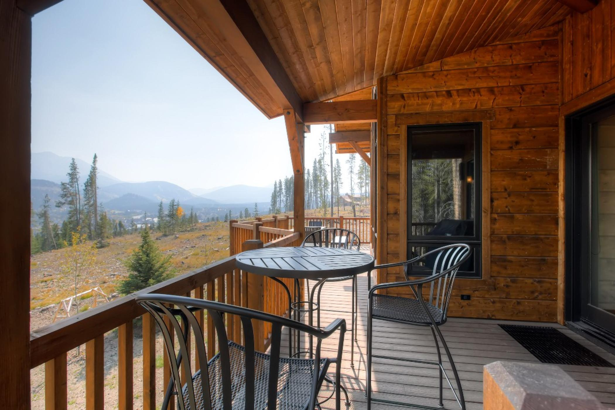 Cawha Outlook Chalet