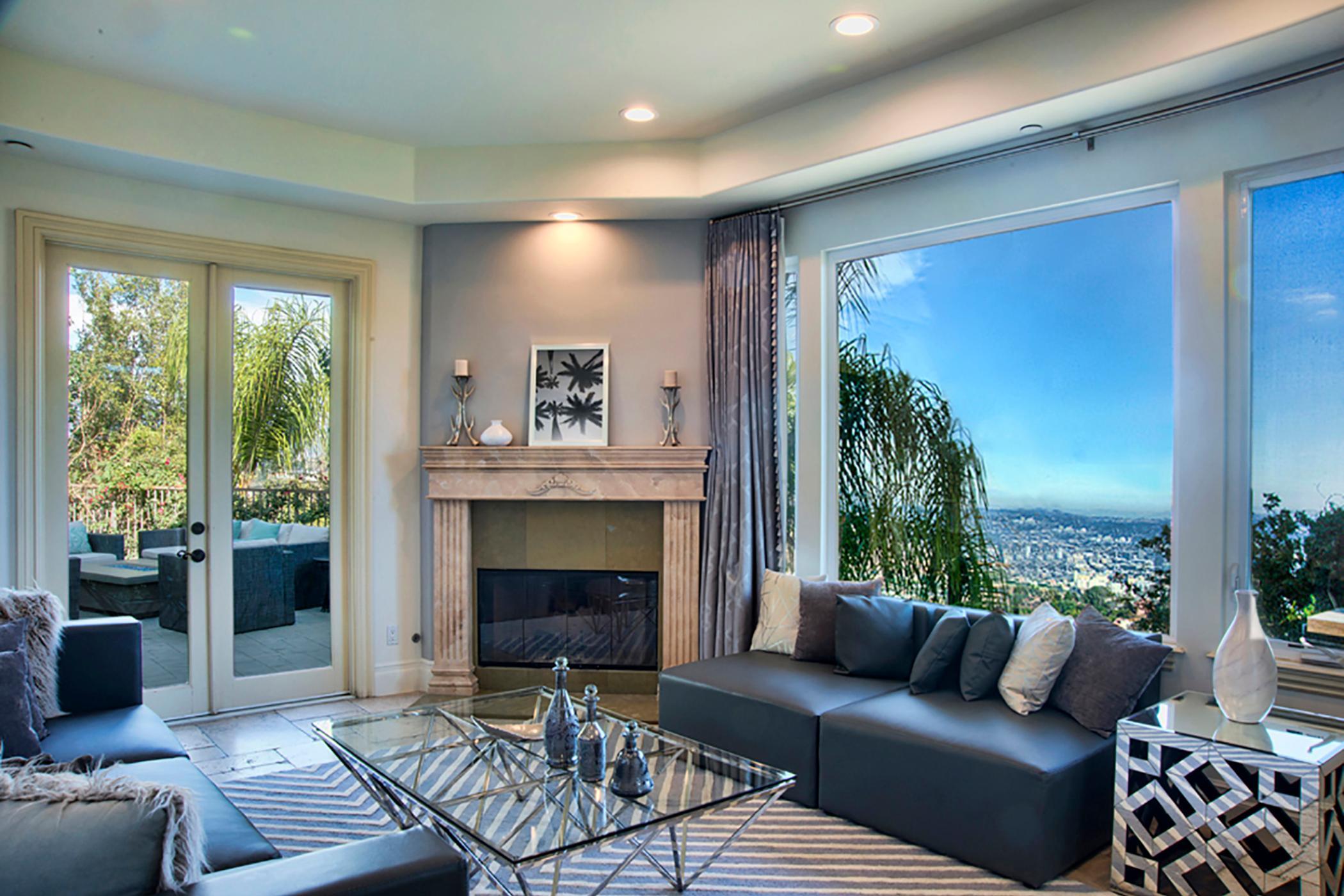 Incredible Los Angeles View Villa   VILLAWAY®