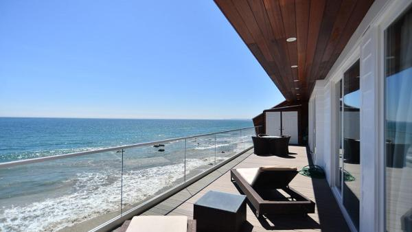 Malibu Beachfront Escape