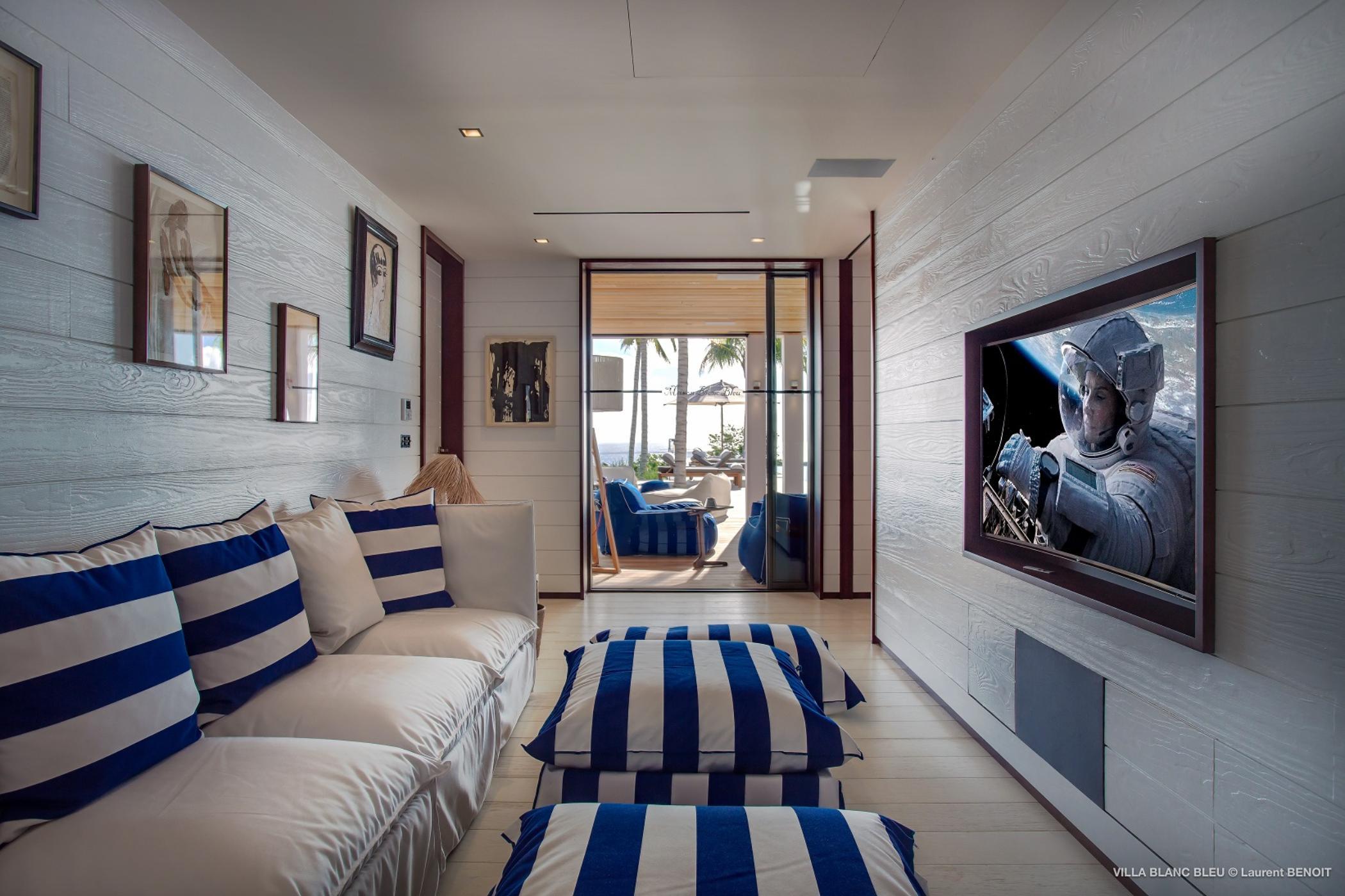 Maison Blanc Bleu