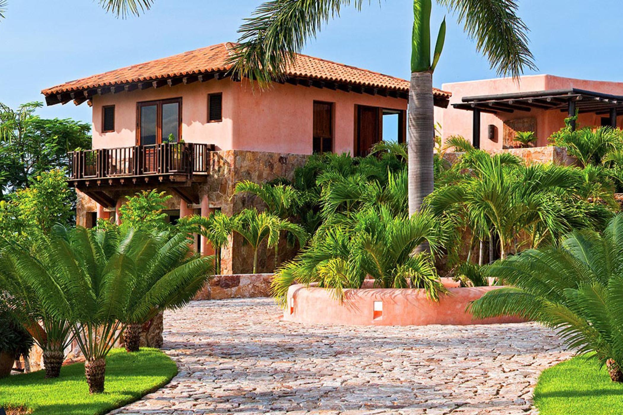 Casa Tres Soles