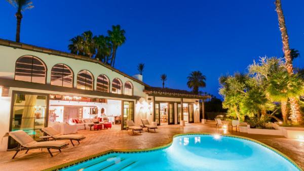 Palm Springs Villa - Palm Desert Retreat