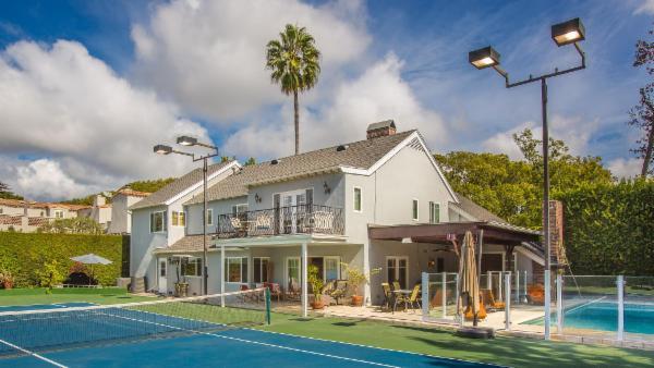 Beverly Hills Tennis Retreat