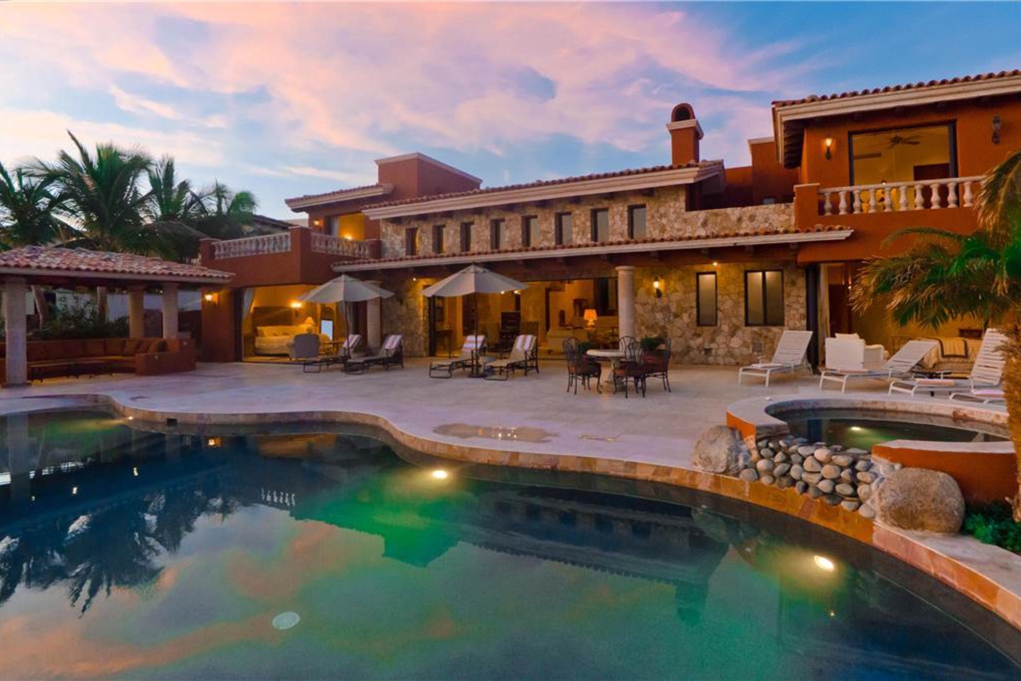 Villa Cortez