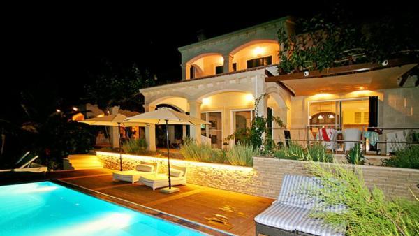 Villa Issa