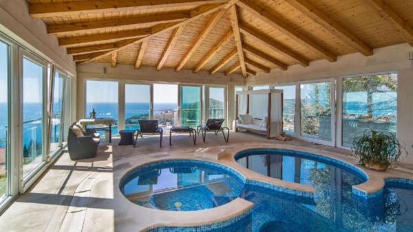 Luxury Villa Madonna