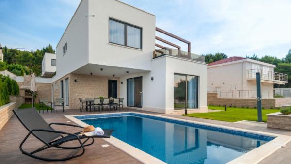 Villa Trogir I