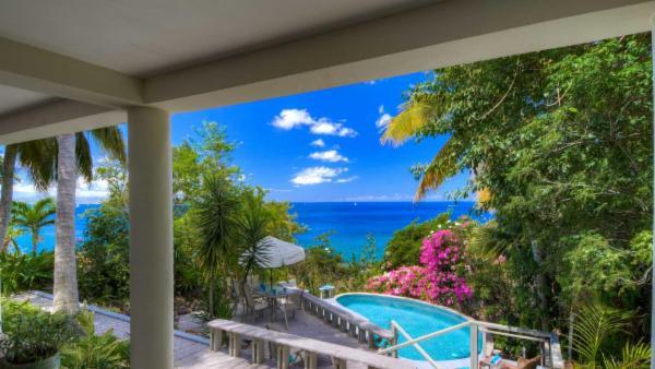 Drake's View 3 BR Villa