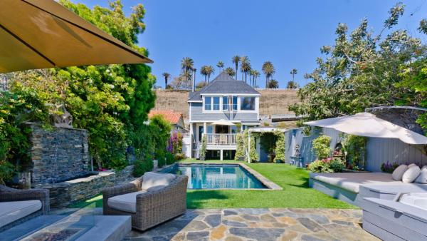 Los Angeles Luxury Beach Retreat
