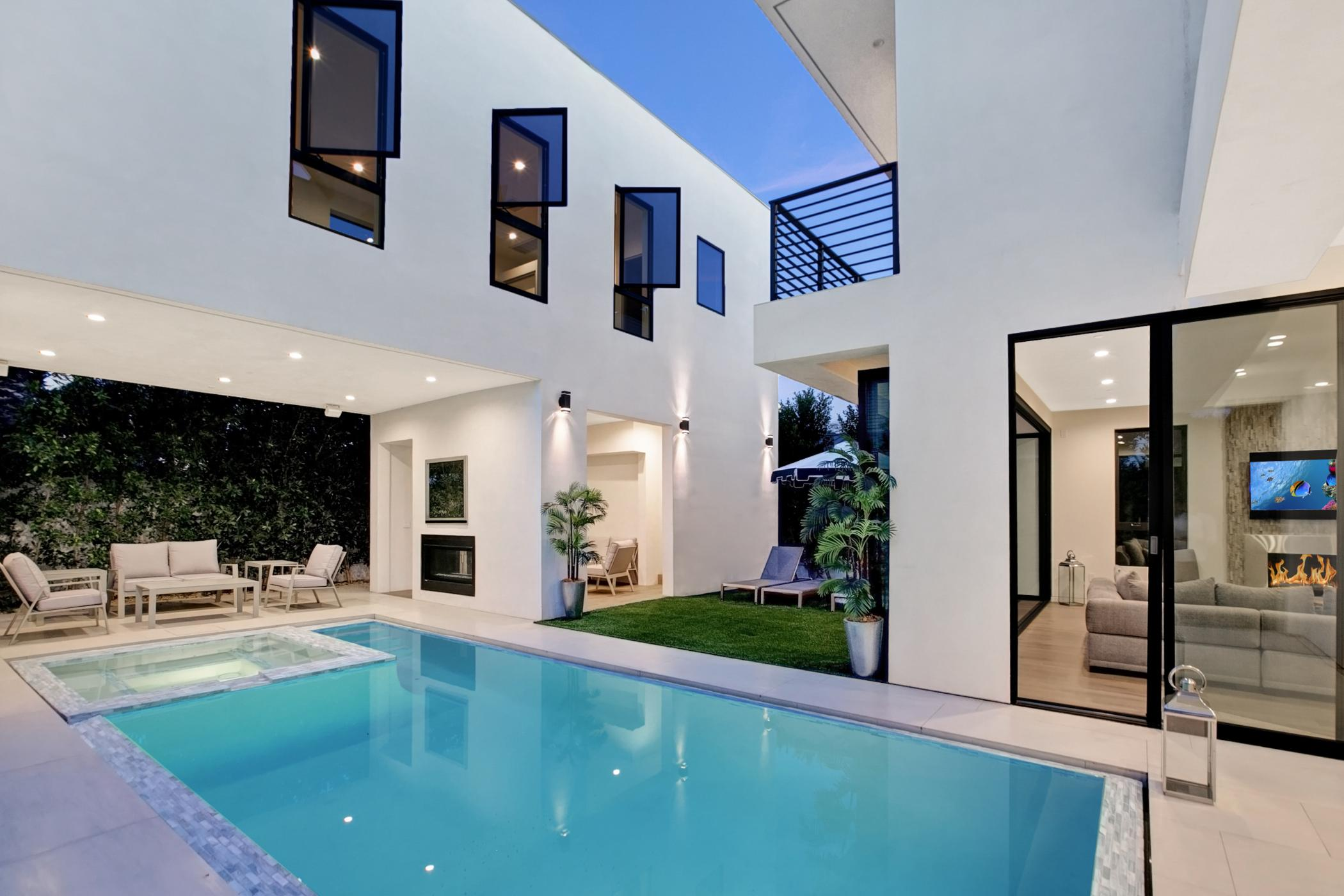 Beverly Grove Villa