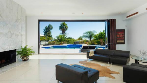 Beverly Hills Luxury Estate