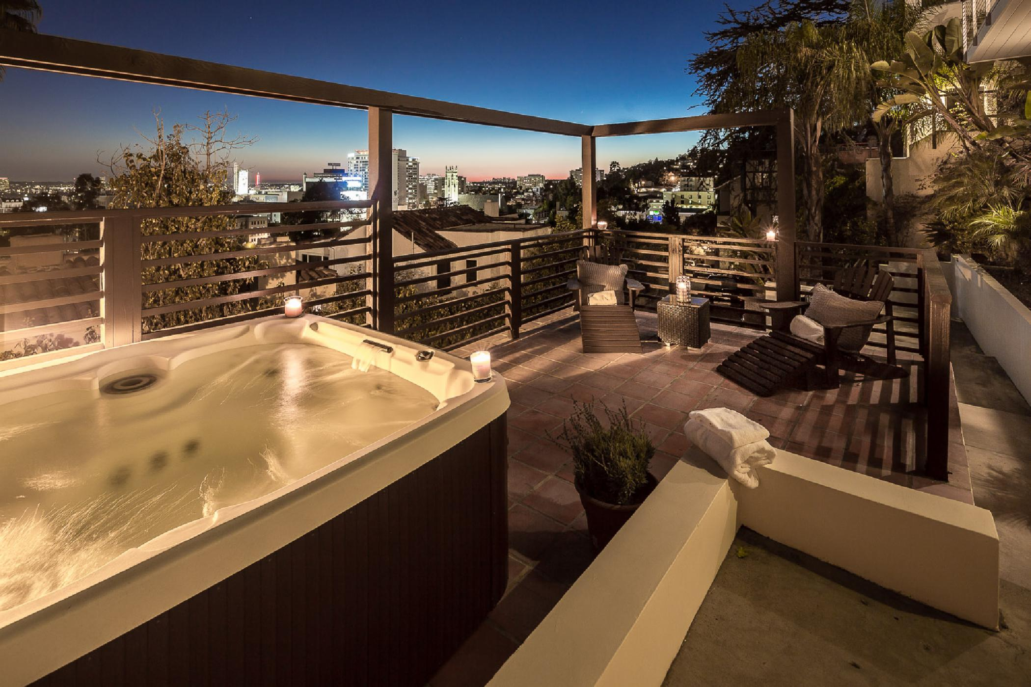 Hollywood Panoramic Suites
