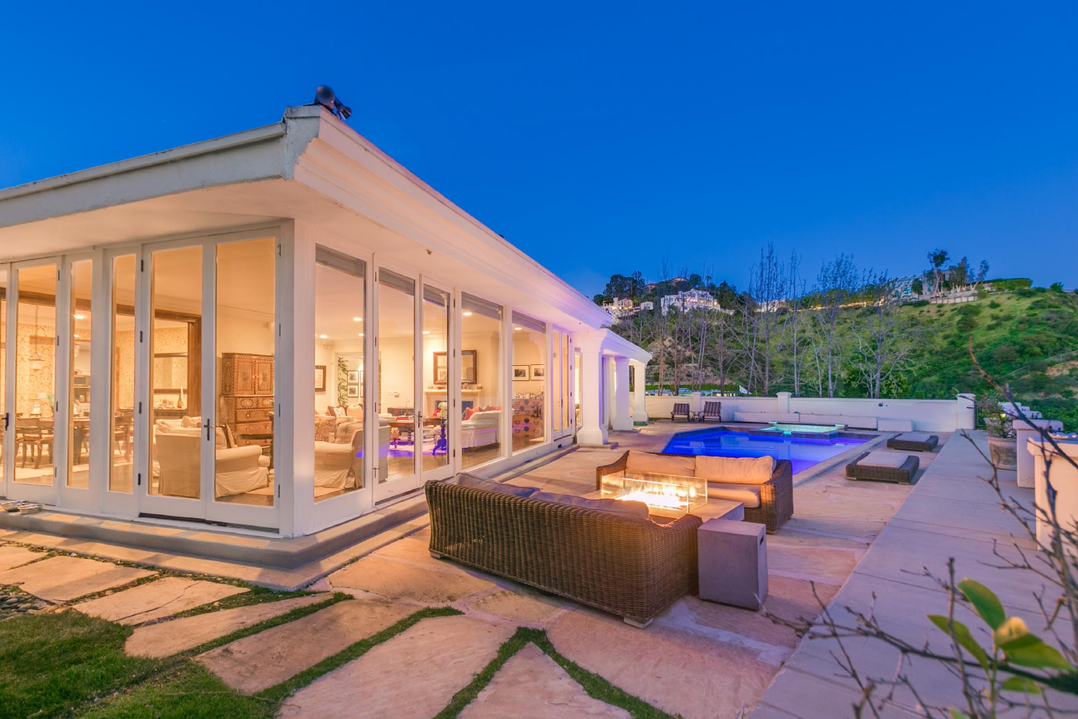 Hollywood Hills Luxury Overlook