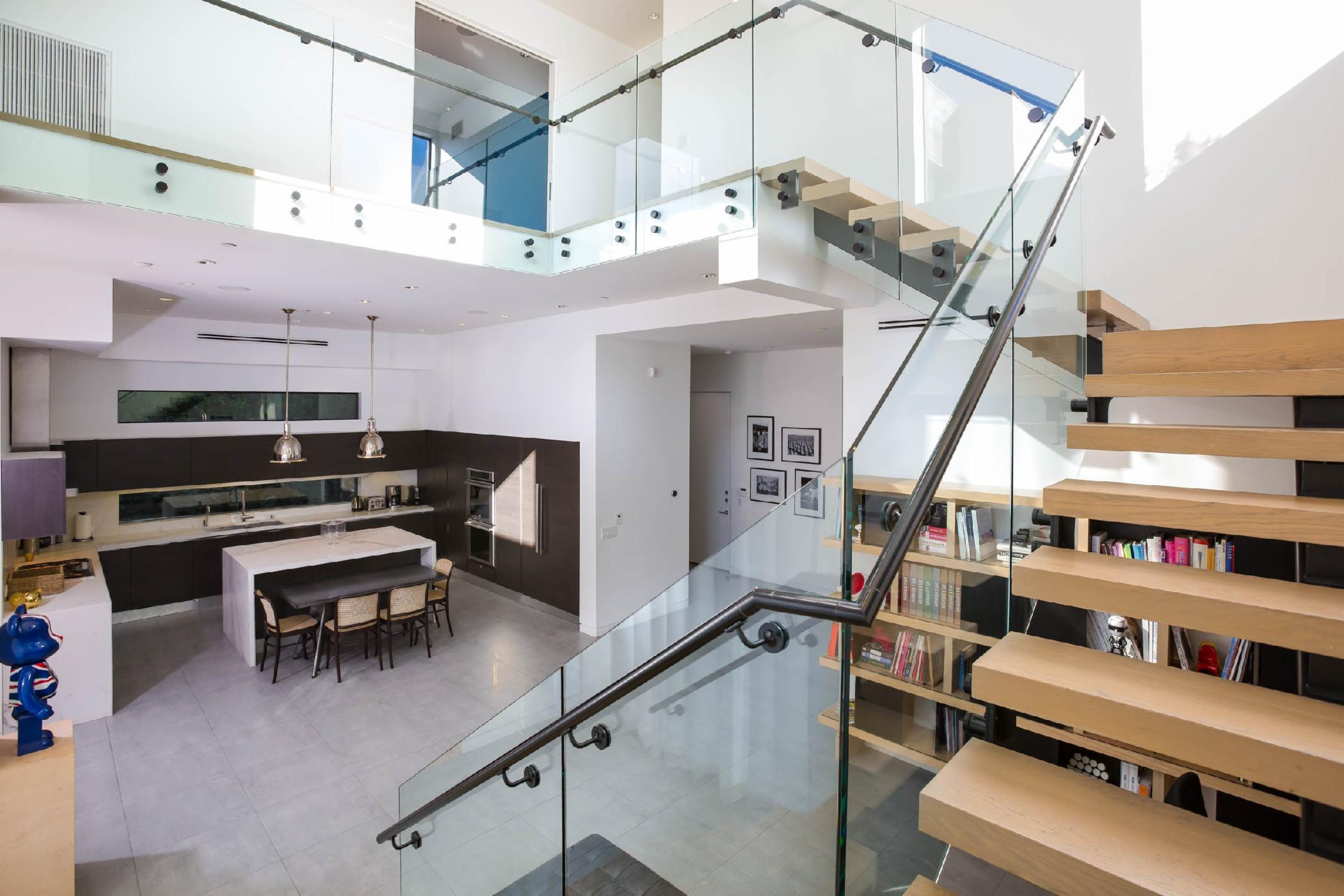 Beverly Modern Villa