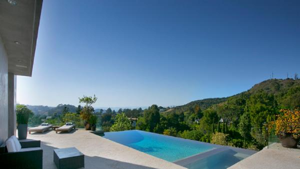 Hollywood Infinity View Villa