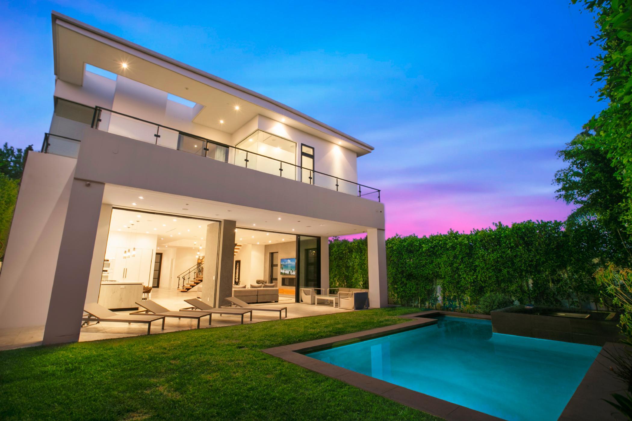 Melrose Modern Oasis