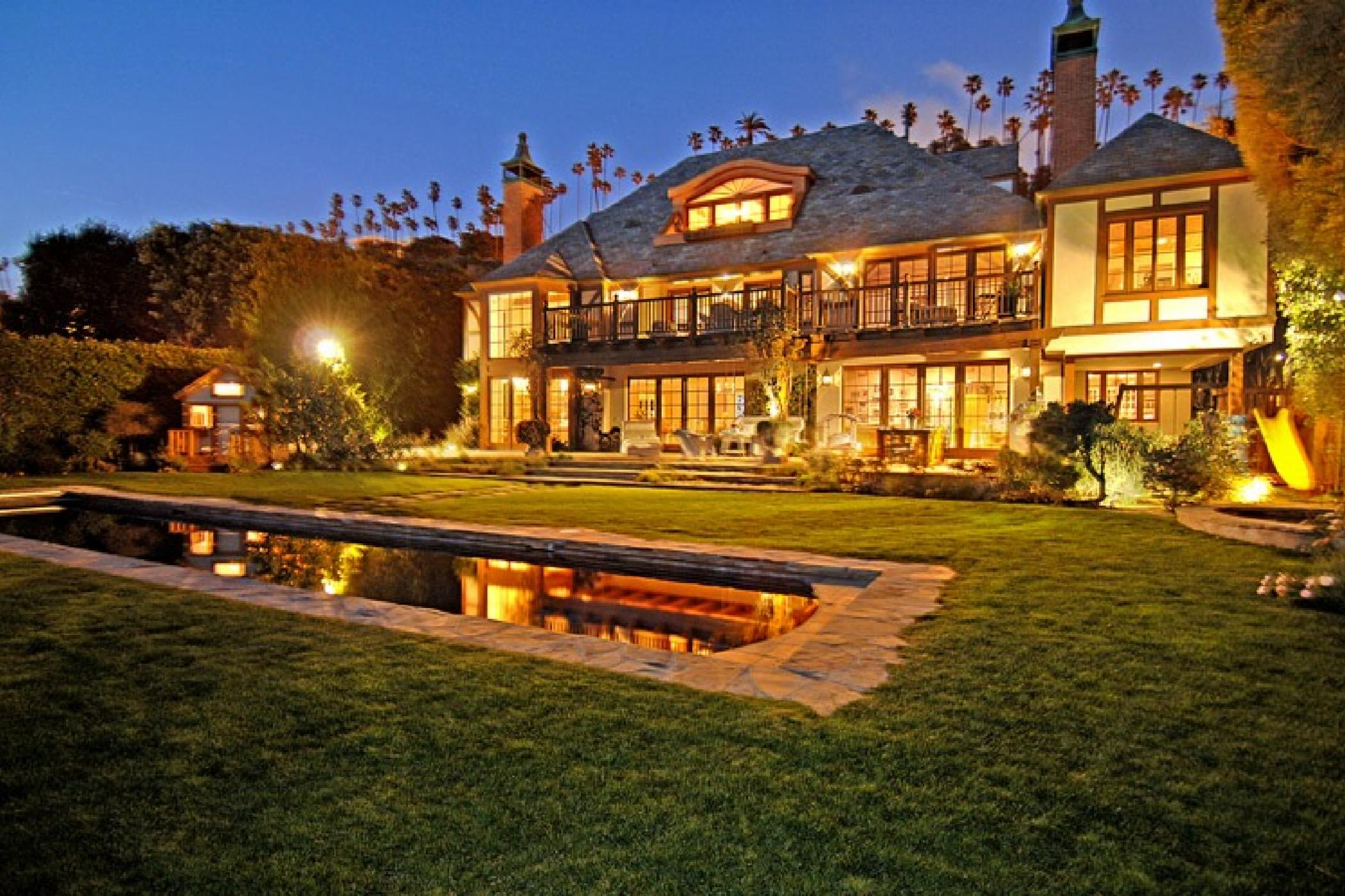 Palisades Beach Estate