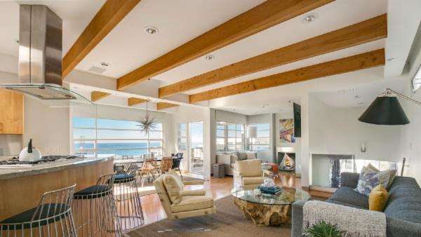 Manhattan Beach Villa