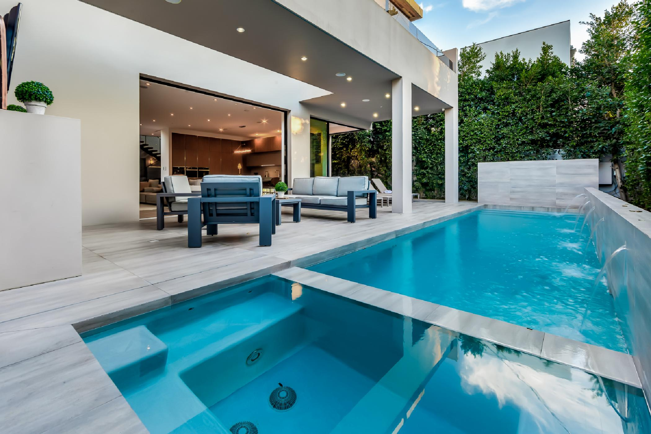 Modern Hollywood Luxury Estate