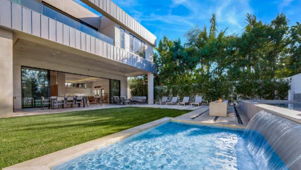 Beverly Modern Estate